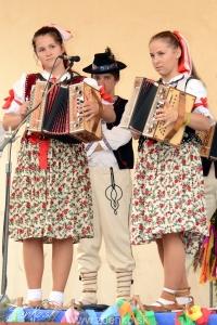 Folklórne slávnosti v Podbieli